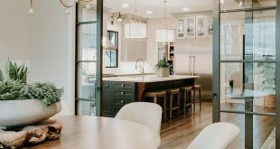 Sherwin Williams SW 7014 Eider White Interior trim and ceiling paint color Sherw...