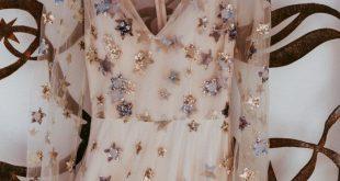 Dieses atemberaubende Kleid von Natalie Wynn Design lässt uns Sterne sehen Bild von ShutterKe …