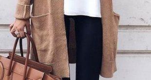 Kleider im Stil der 70er Jahre, wir haben die vier Trends aufgedeckt, die niemals in